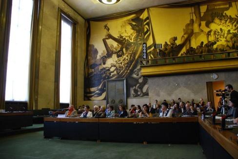 Vista de sala de sesiones del Consejo de DD.HH en el Palacio de la ONU, Ginebra